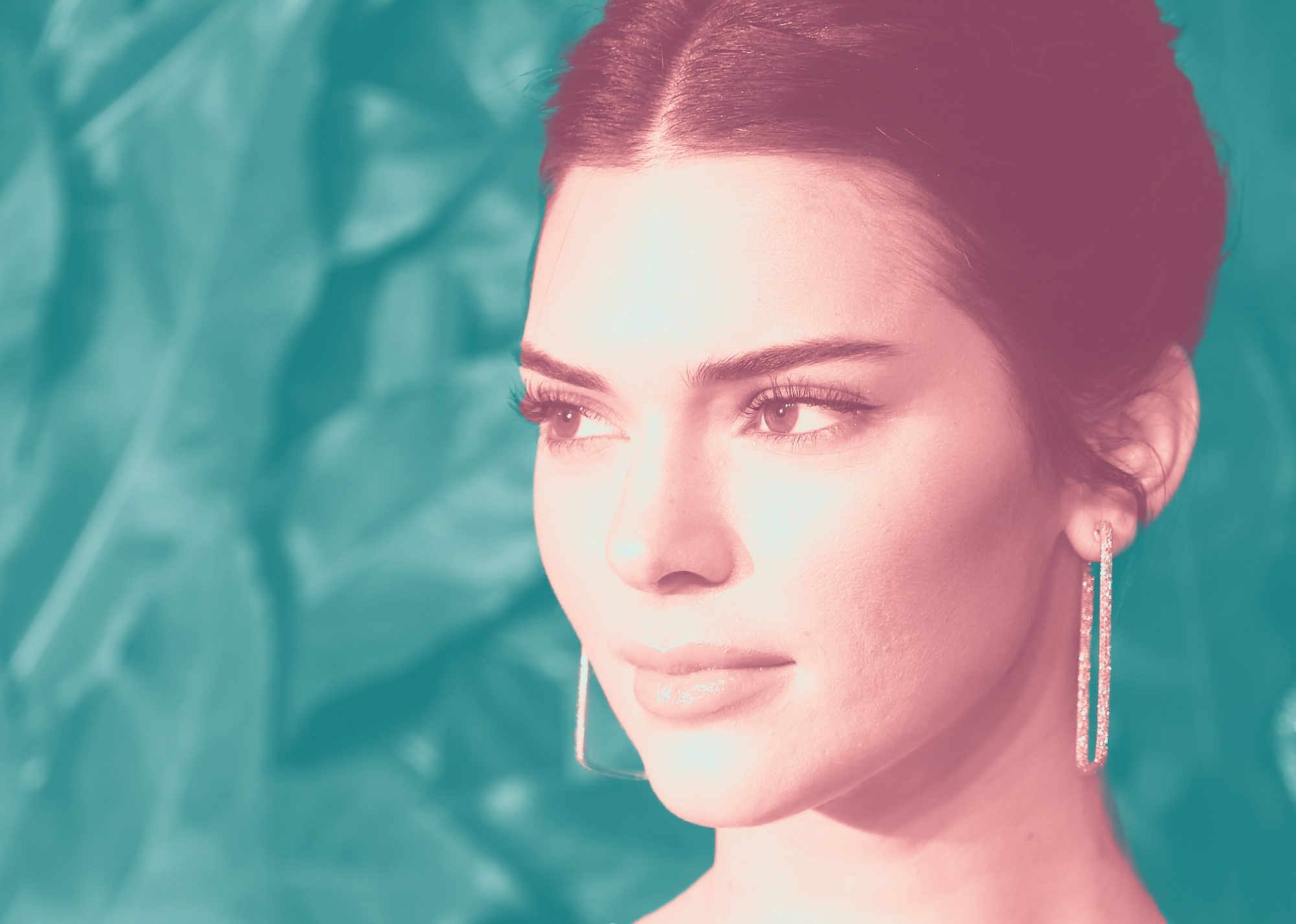 Kendall Jenner Just Debuted Floor-Length Mermaid Waves For a Magazine Shoot