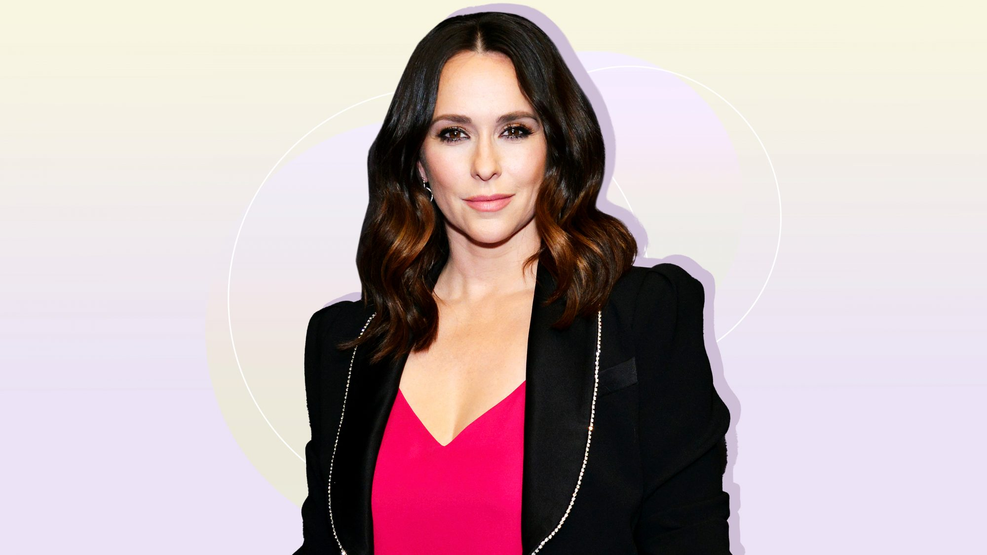 Jennifer-Love-Hewitt-Trying-to-Reset-While-Feeling-Like-I'm-Not-Enough-After-Birth-of-Baby-GettyImages-1136499678