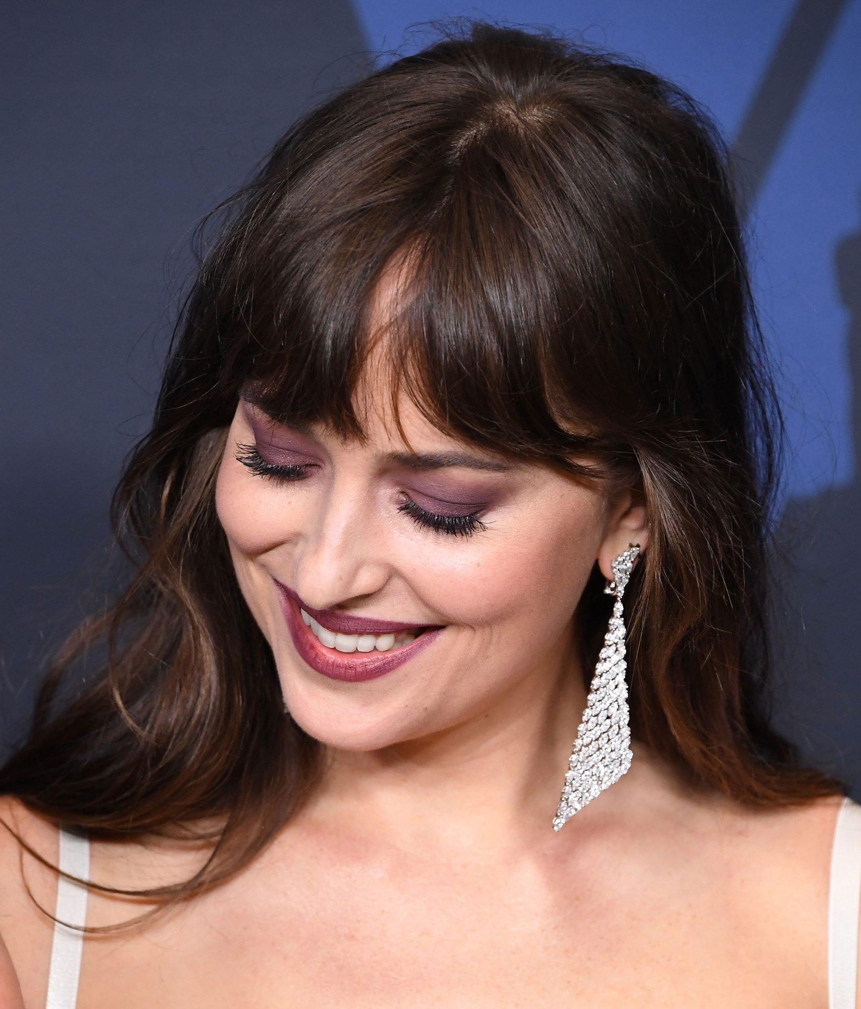 Dakota Johnson's Lash-Lengthening Trick Makes My Mascara Look Like Lash Extensions
