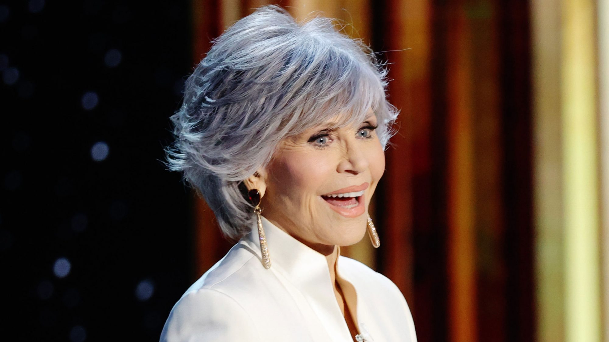 The $7 Shampoo 26,000 People (Including Jane Fonda) Trust to Keep Their Gray and Blonde Hair Shimmering