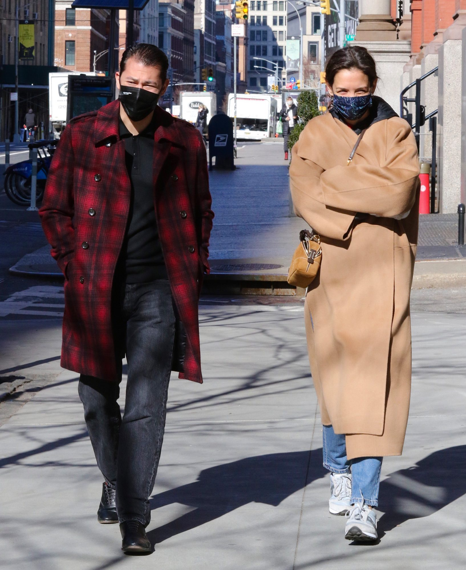 Katie Holmes Can't Stop Wearing These Sneakers