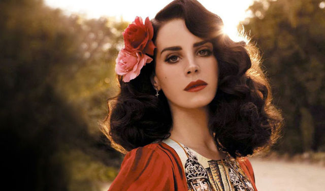 lana_del_rey_i_can_fly_on_inspirationist_net