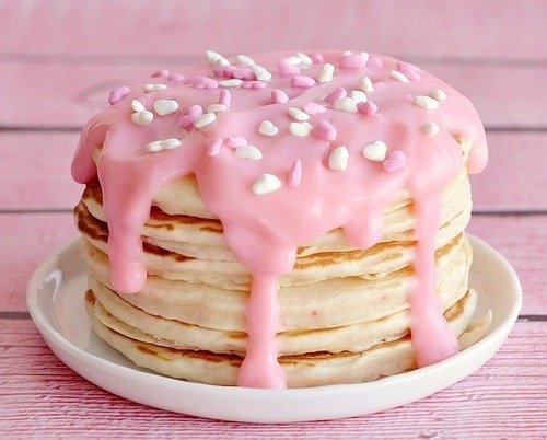 74196-Pancakes-With-Pink-Icing