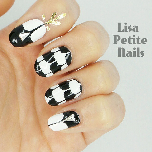 lisapetitenails-black-and-white