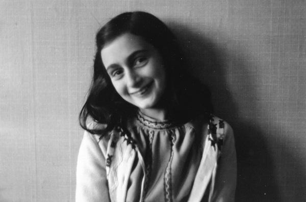 Anne-Frank (1)