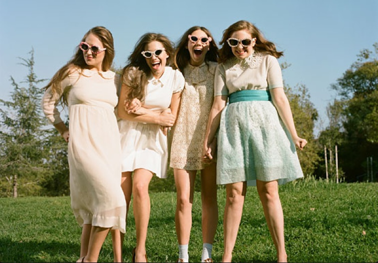 Wedding-Photo-Girls-HBO-2 copy