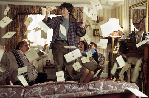 harry-potter-letters-from-hogwarts-scene