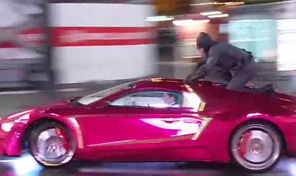 Batman-on-The-Joker-s-car-580524