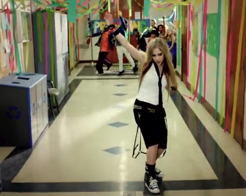 avril-lavigne-heres-to-never-growing-up-video