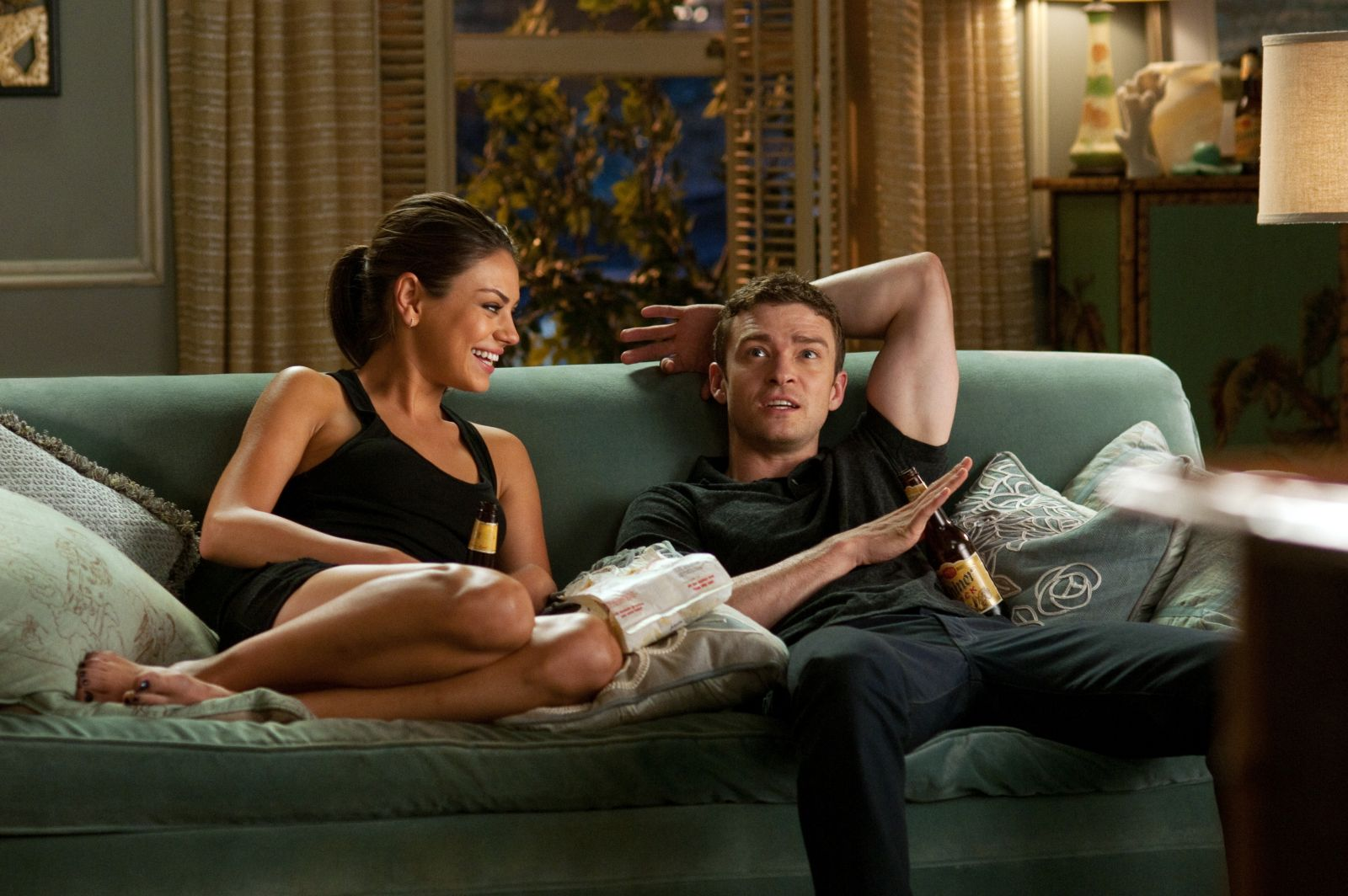 2011_friends_with_benefits_001