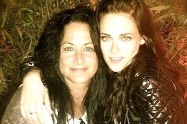 Kristen-Stewart-and-her-mum-Jules-Stewart