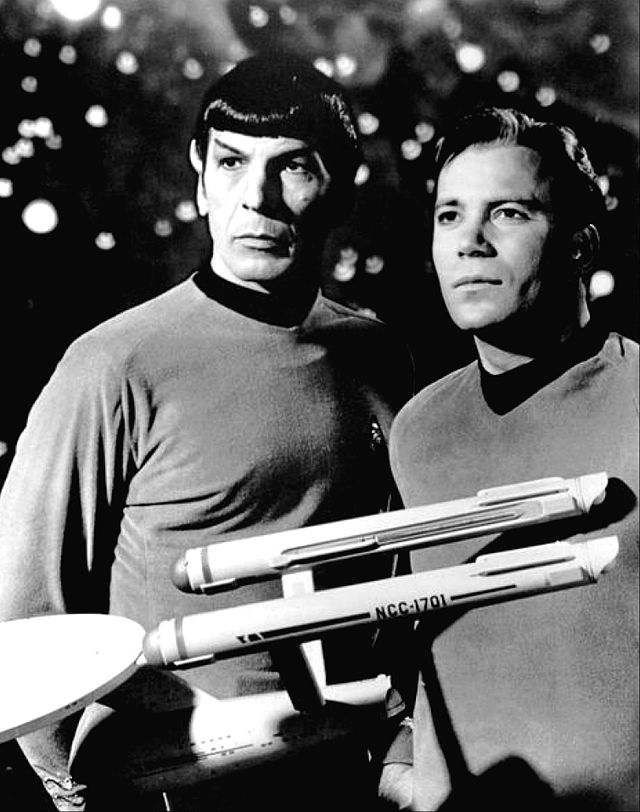 Leonard_Nimoy_William_Shatner_Star_Trek_1968