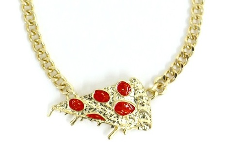 pizza-necklace