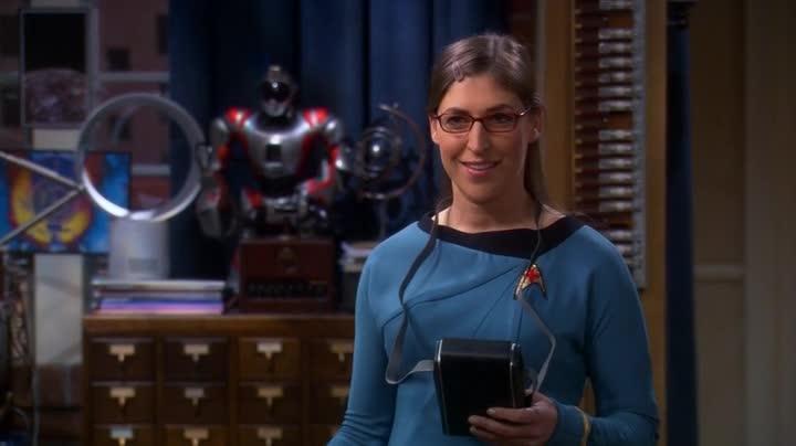 The-Big-Bang-Theory-Amy-dottoressa-sexy-star-trek
