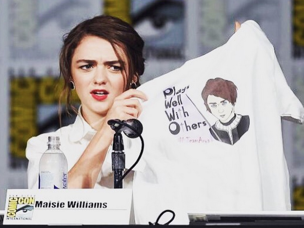 Maisie Williams #LikeAGirl