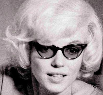 Marilyn Monroe - Sunglasses (1)