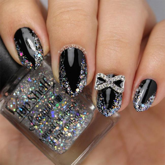 holo-v-nails-lylynails