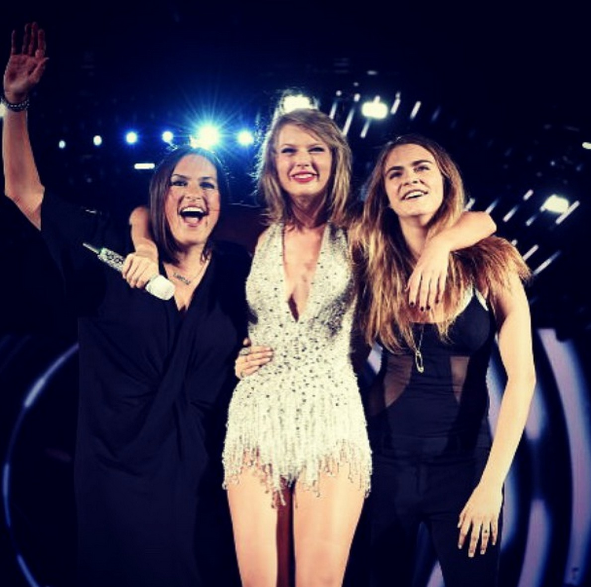 Picture of Taylor Swift Mariska Hargitay