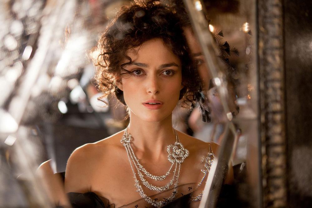 Anna-Karenina-Chanel-jewels