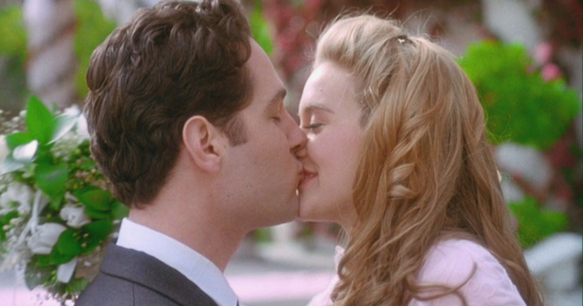 08-clueless-kiss-wedding.w1200.h630