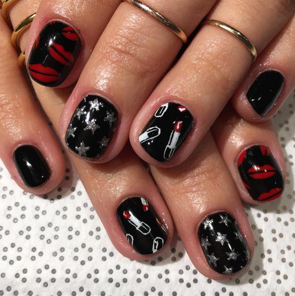 louis-vuitton-lipstick-print-nail-art