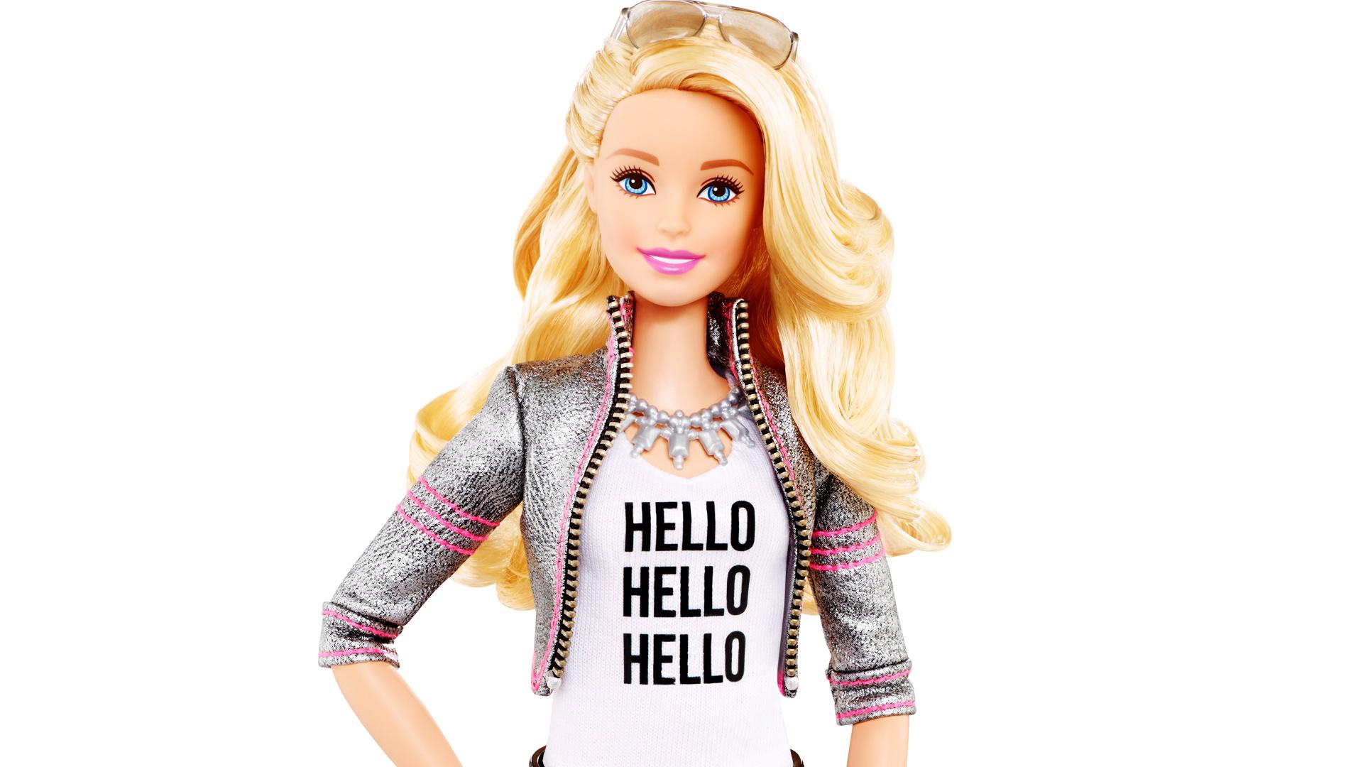3042430-poster-p-1-hello-barbie-talking-toy-toytalk
