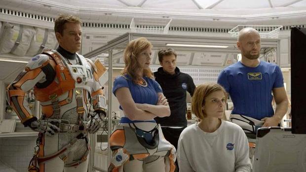 Matt-Damon--Jessica-Chastain--Sebastian-Stan--Kate-Mara-and-Aksel-Hennie-in--The-Martian--jpg