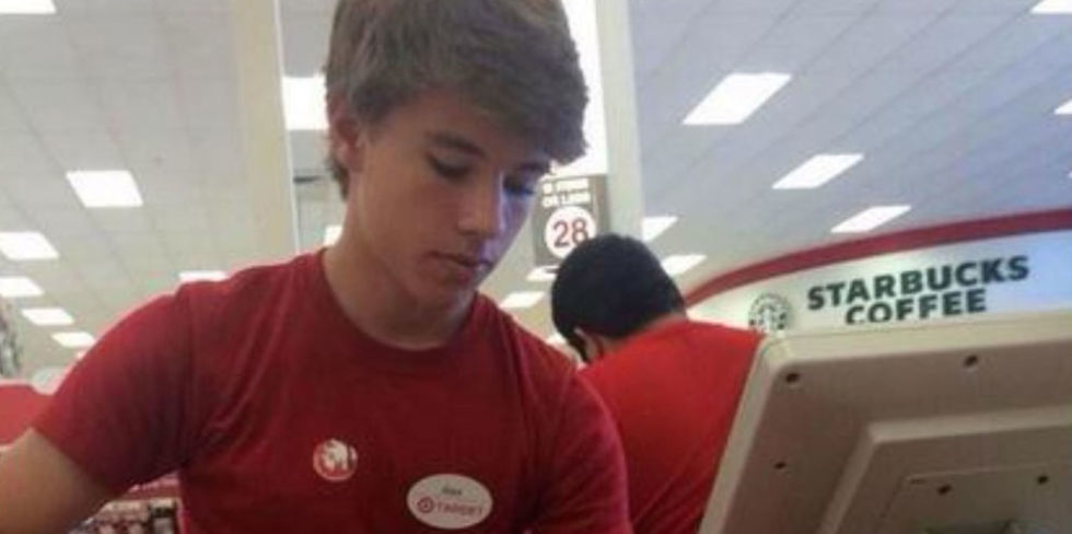 gallery-1449517810-gallery-1448978864-landscape-1448902894-alex-from-target