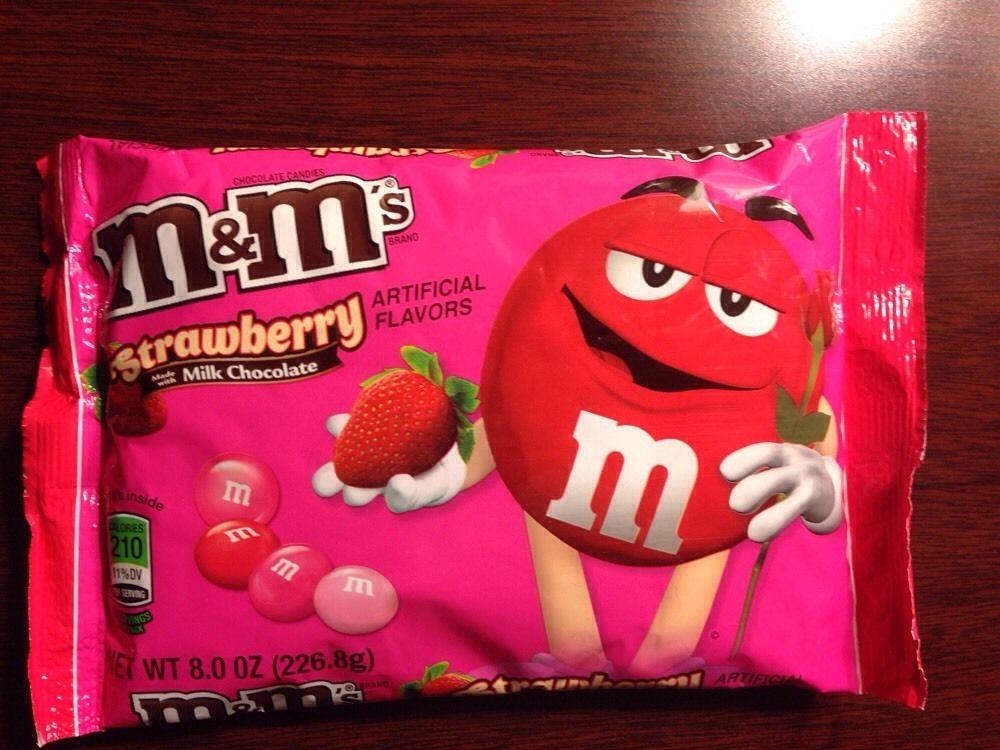 StrawberryChocolateM&M