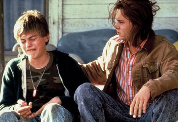 picture-of-leonardo-dicaprio-crying-in-whats-eating-gilbert-grape-photo.jpg