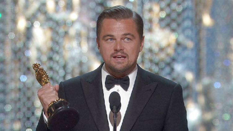 Picture of Leonardo DiCaprio Winning the Oscar