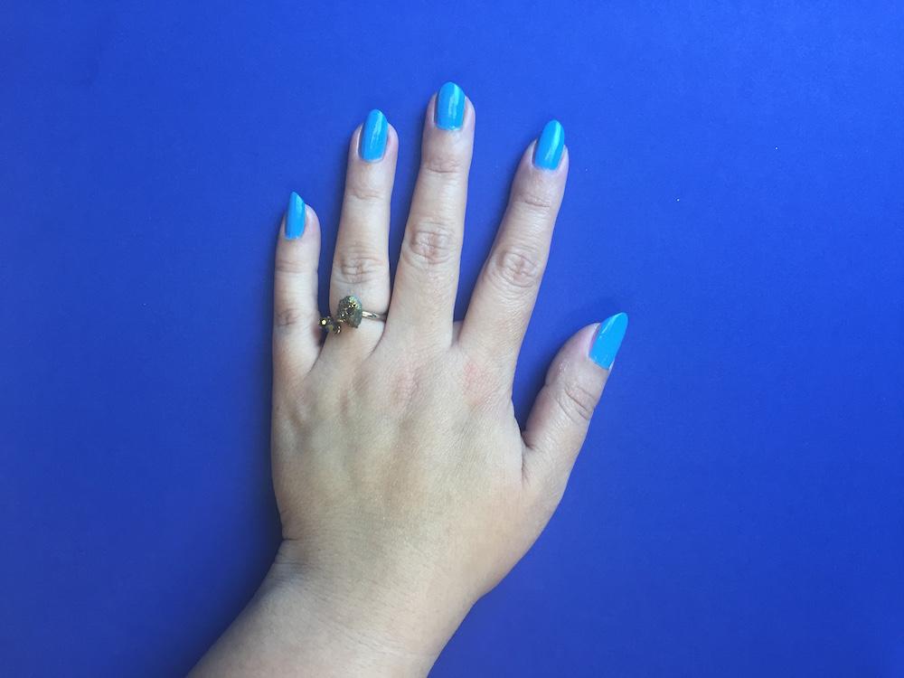 nails-inc-paint-can-spray-fishnet-nails-1.jpg