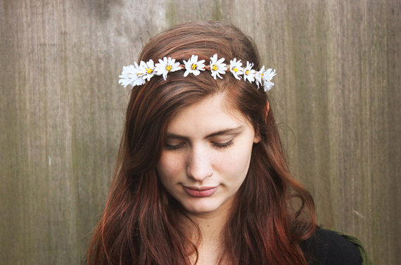 wedding-crown-daisy.jpg