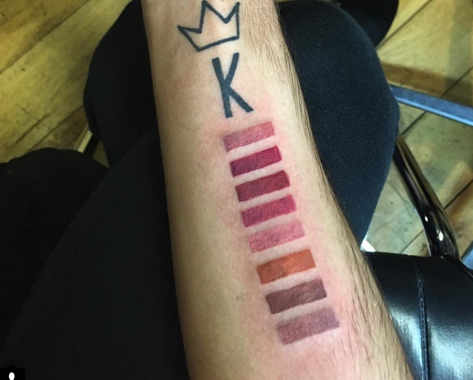 kylie jenner lip kit tattoo