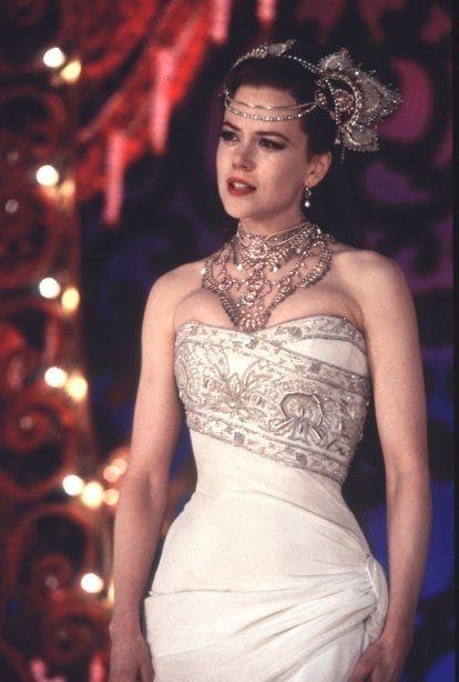 Movie-Wedding-Dress-201.jpg