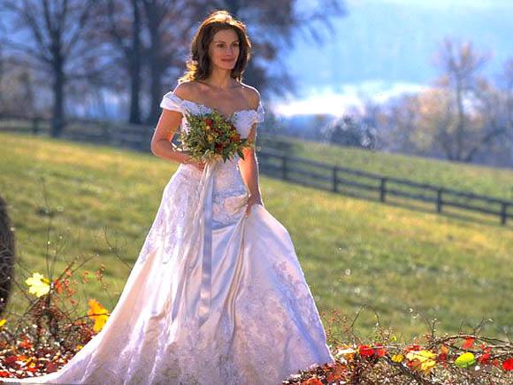 Movie-Wedding-Dress-4.jpg