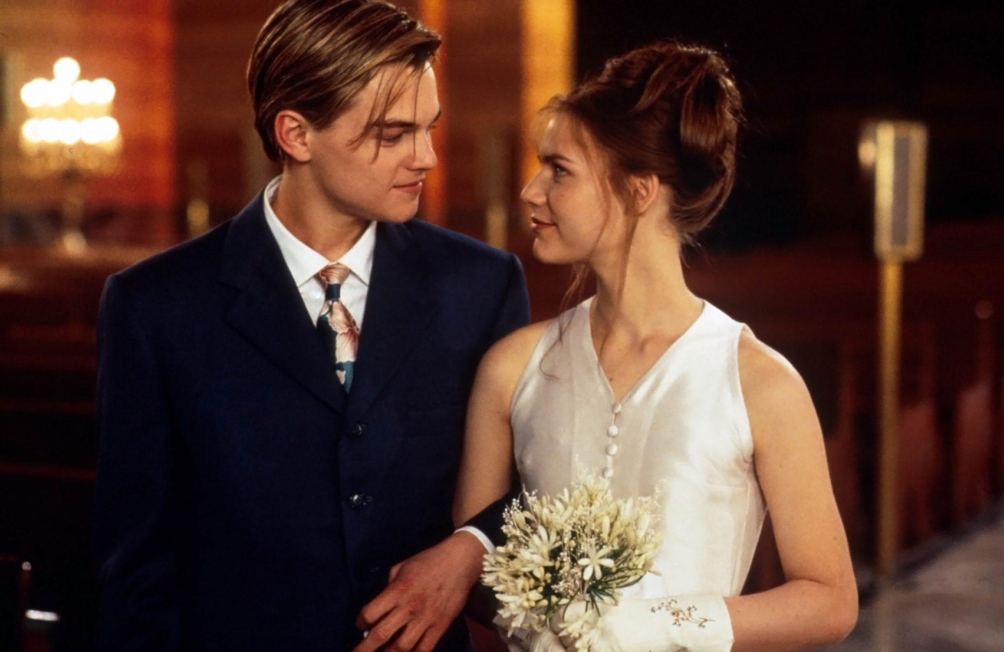 Movie-Wedding-Dress-8.jpg