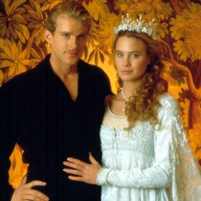 Movie-Wedding-Dress-9.jpg