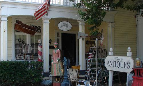 kims-antiques-gilmore-girls.jpg