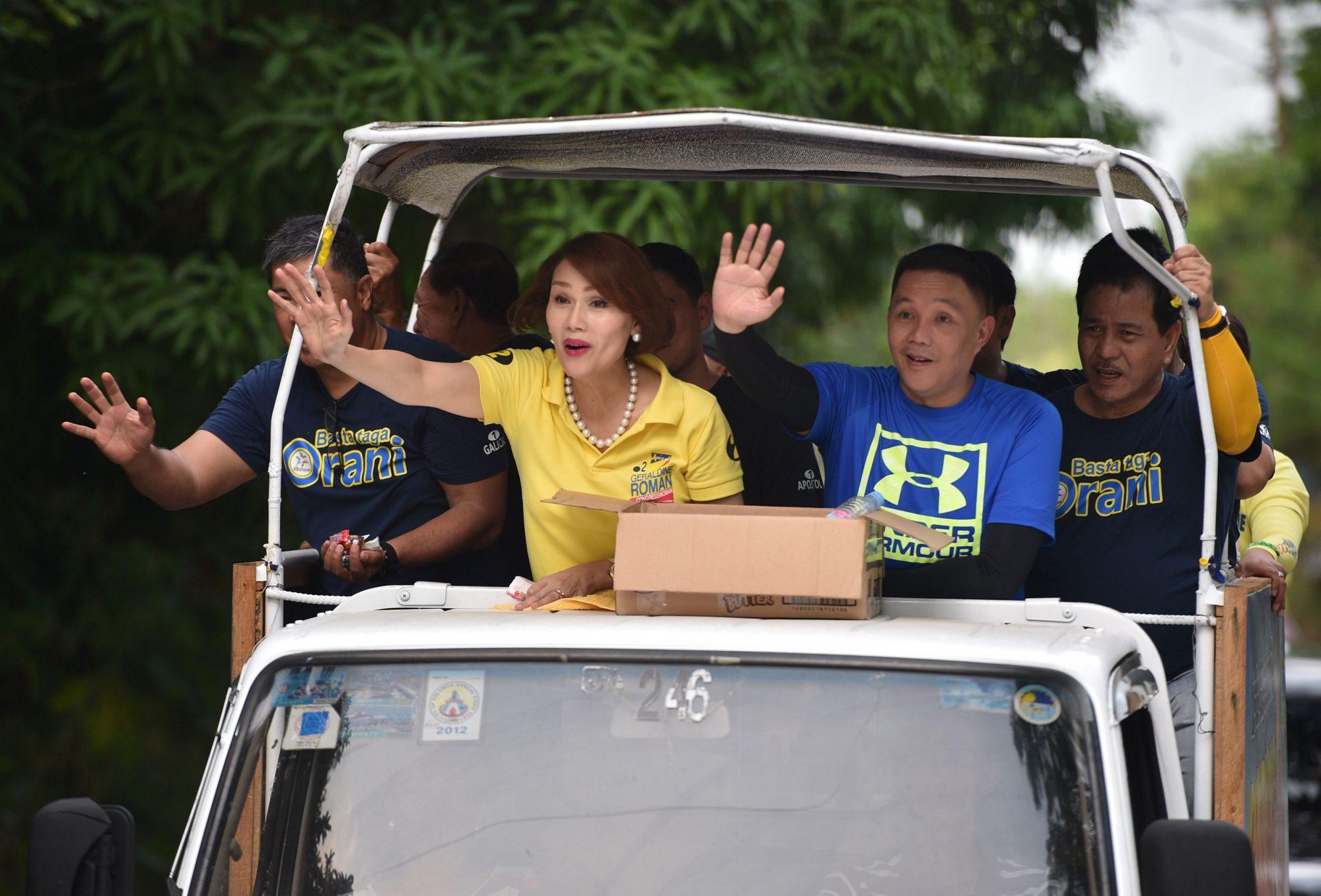 PHILIPPINES-VOTE-GENDER