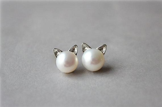 cat-earrings.jpg
