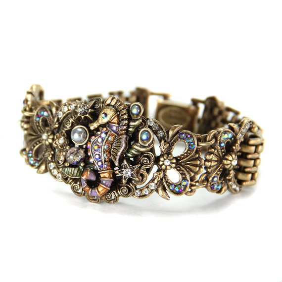 seahorse-bracelet.jpg