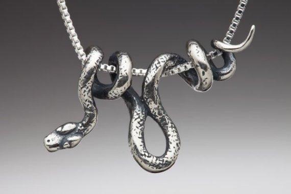snake-necklace.jpg