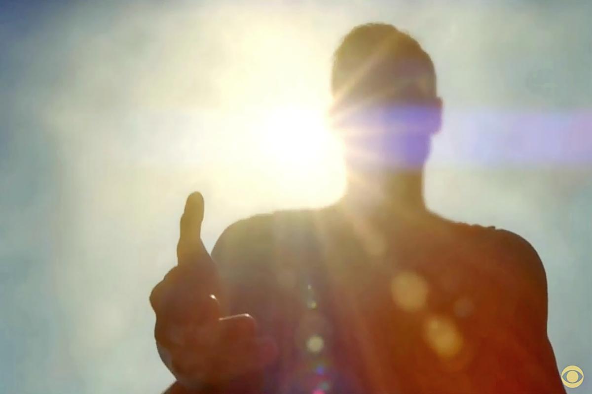 Superman-on-Supergirl.jpg