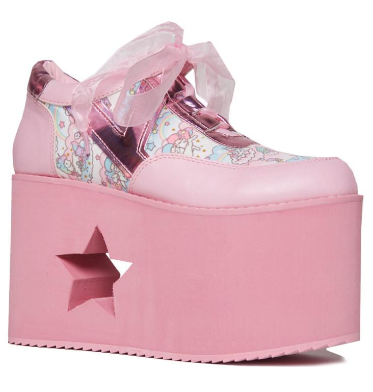 yru-sanrio-shoes-2.jpg