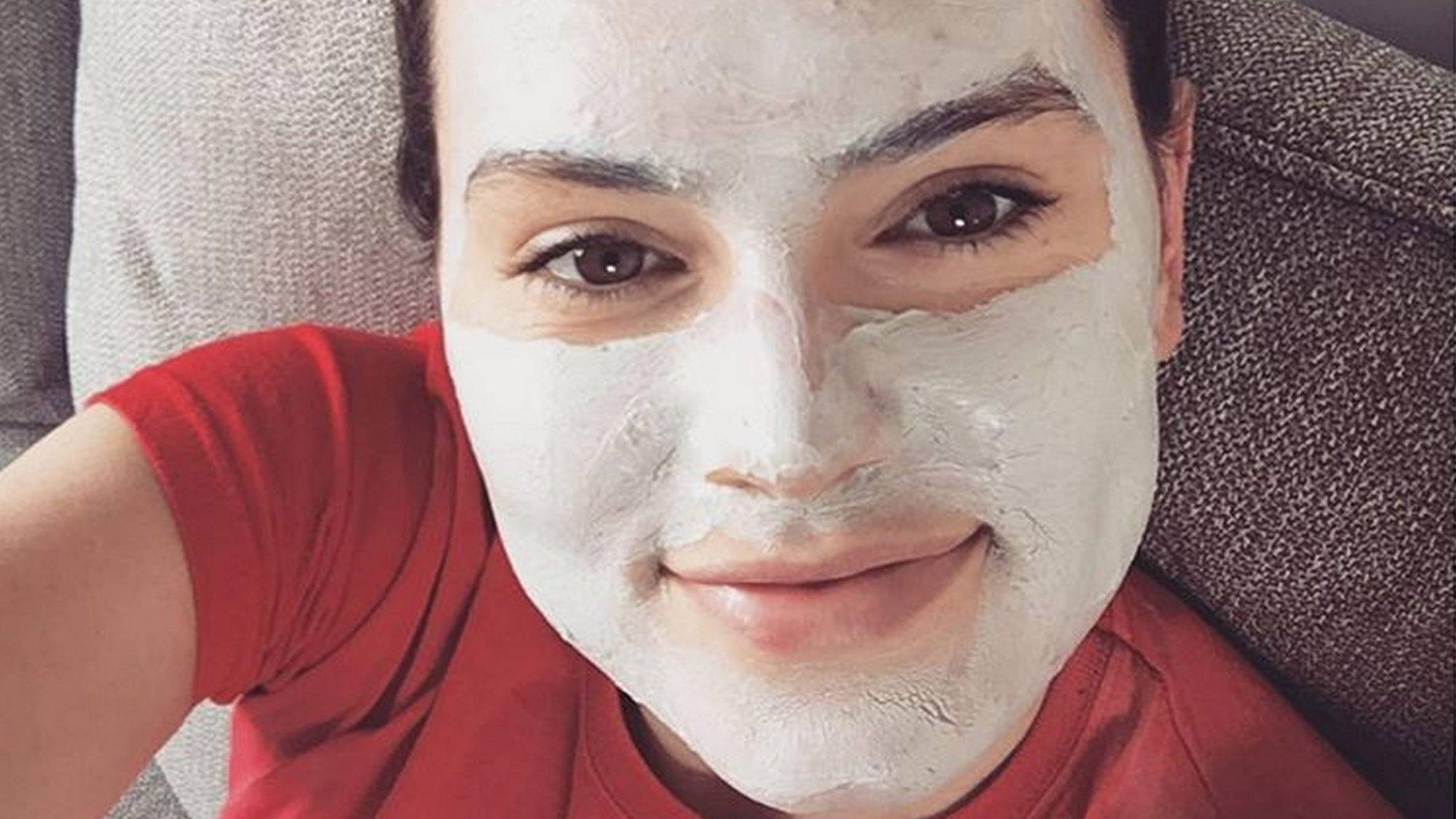 daisy-acne.jpeg
