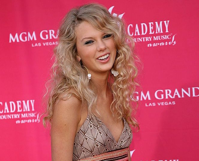41st Annual Academy Of Country Music Awards - Arrivals