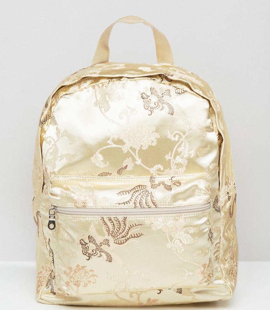 backpack-101.jpg