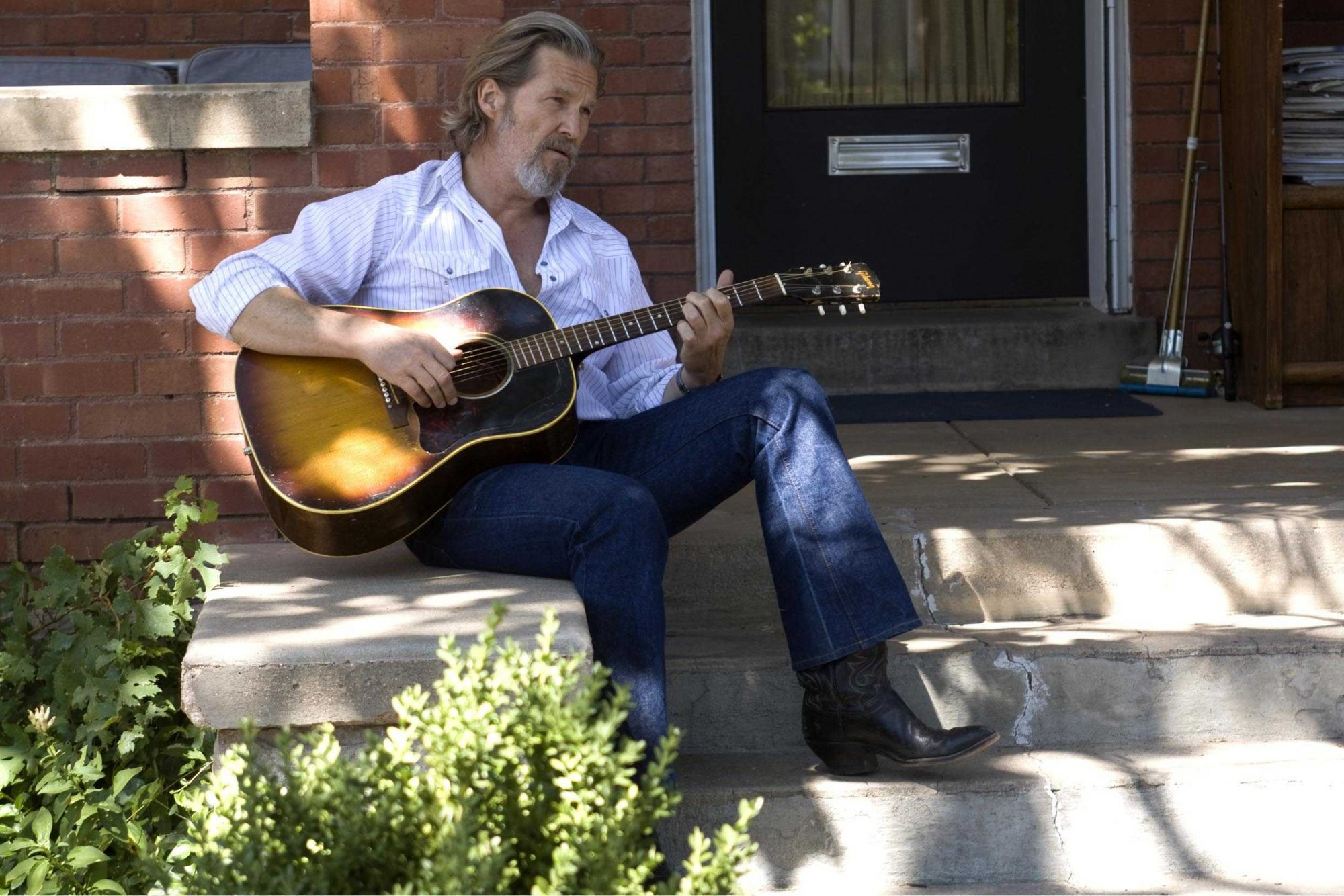 Jeff-Bridges-Crazy-Heart-jeff-bridges-20575738-2490-1661-2.jpg