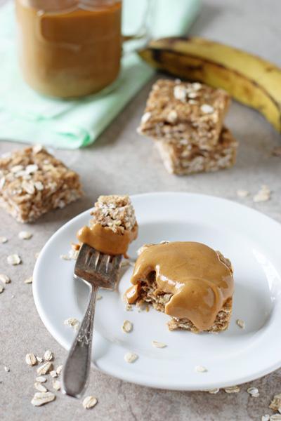 Healthy_spiced_banana_bread_oatmeal_bars3.jpg